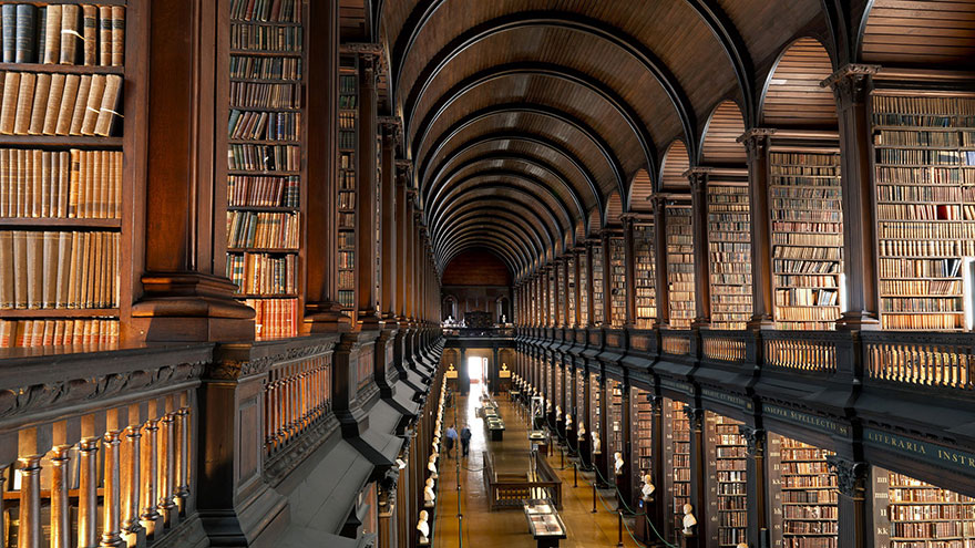 trinity-college-long-room-library-dublin-12